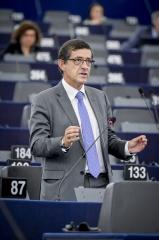 Carlos Zorrinho defende que a UE tem de estar na fronteira tecnológica e assumir a liderança nas energias limpas