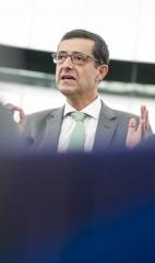 Carlos Zorrinho questiona Comissário Sefcovic sobre a integração plena das renováveis no mercado único da energia