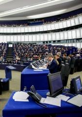 Deputados propõem regime europeu de sanções por violações dos direitos humanos