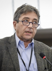 Ricardo Serrão Santos nomeado para eleição de melhor deputado do Parlamento Europeu