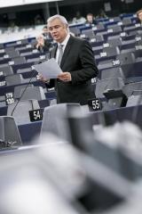 Brexit: Parlamento Europeu não votará até que Câmara dos Comuns aprove acordo
