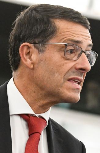 Carlos Zorrinho solicita esclarecimentos sobre incidentes em Almaraz